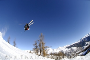 18 - Sports d'hiver dans les Hautes Alpes. | Winter sports in the French Alps (Serre-Chevalier)